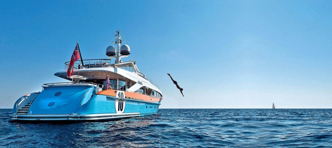 Private yacht charter with crew