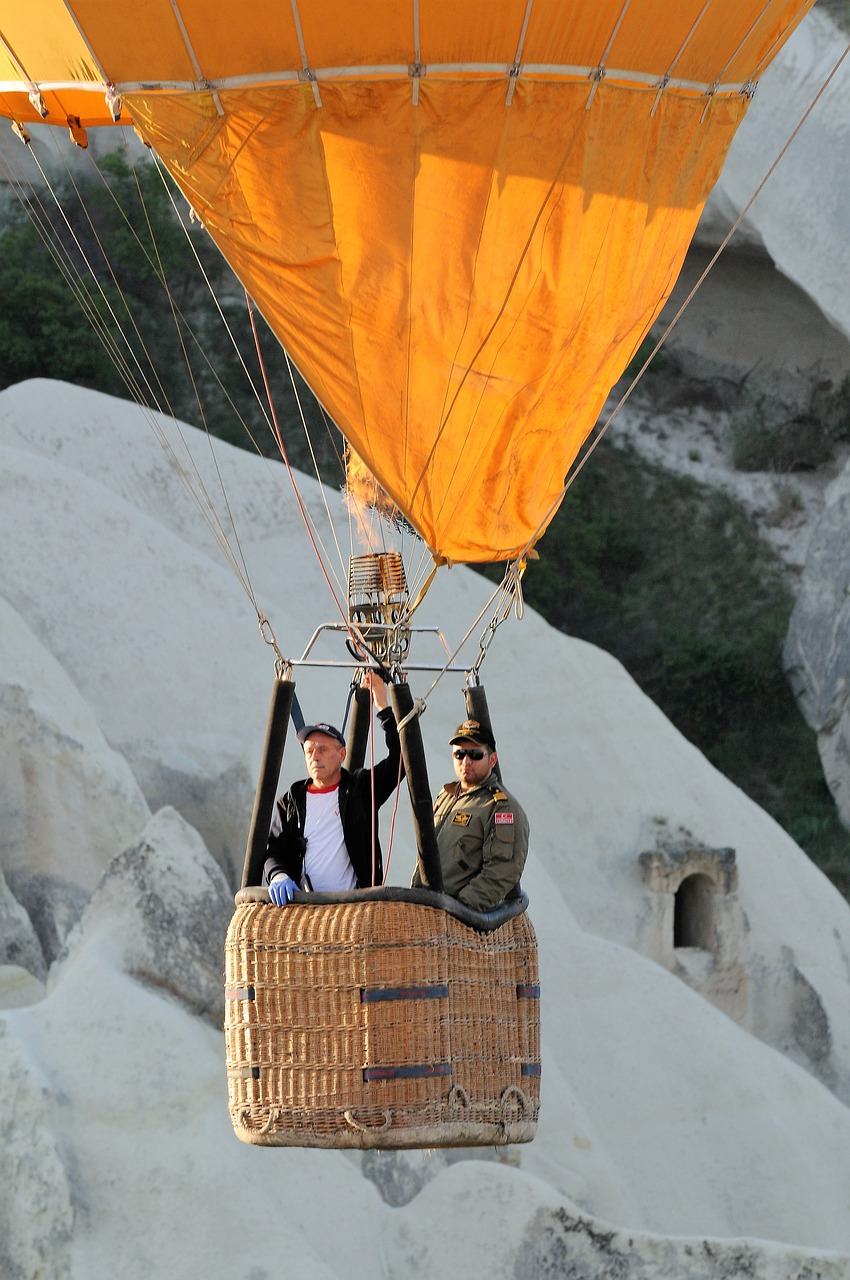 hot air ballooning cappadoccia wondergulets holidays