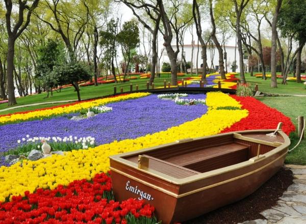 istanbul tulip festival in april