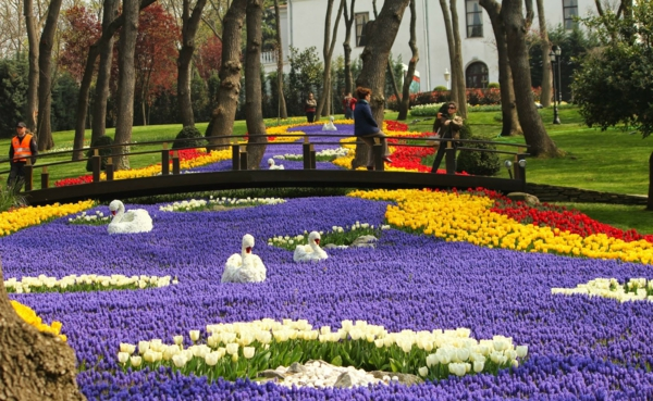 Don't miss the international Istanbul tulip festival
