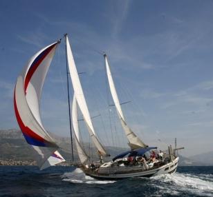Barca a vela SY CI 001