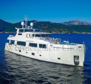 Motor Yacht MY KW 004